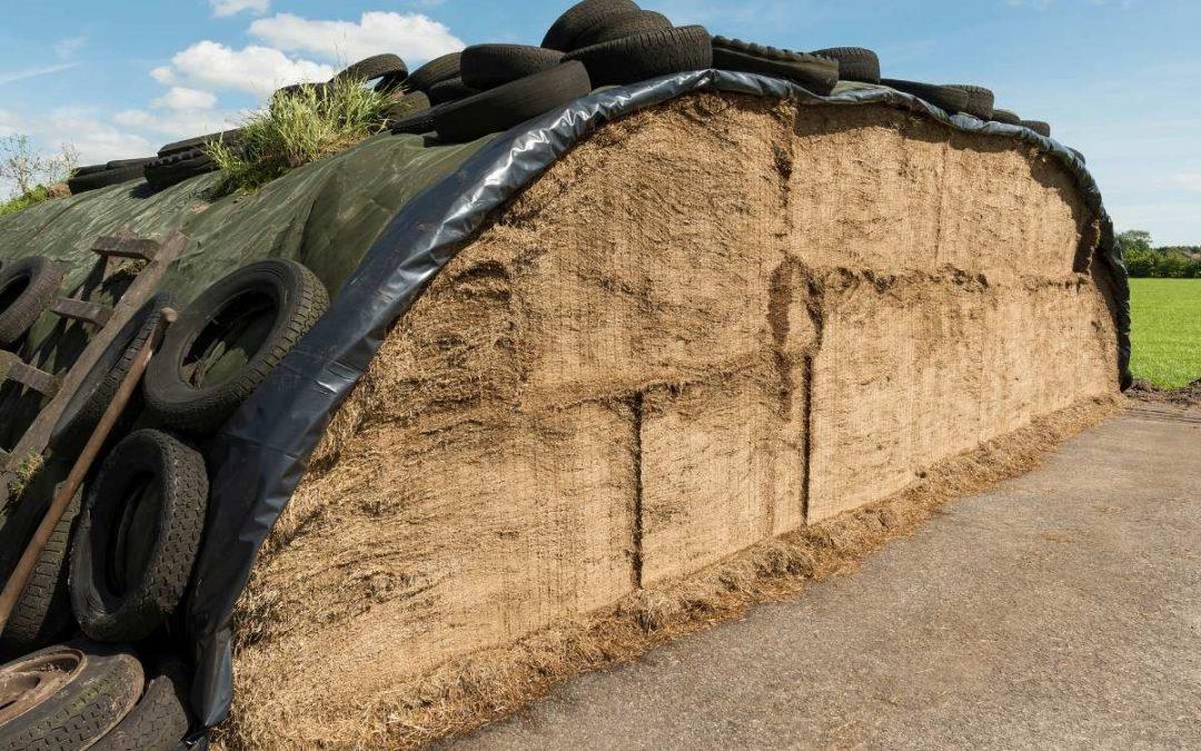 Safe use of tyres for fodder conservation